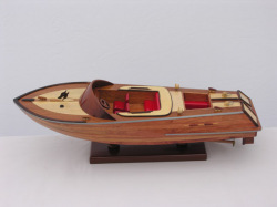 Classic Wooden Runabout 1930's Model Boat …