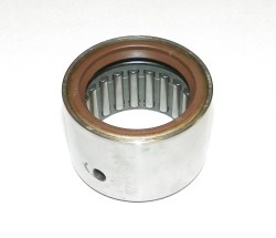 Johnson / Evinrude 40-75Hp Upper Main Bearing With Oil Seal