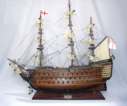 HMS Victory 1765 Model Ship Small - Old Modern Handicrafts